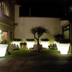 Verlichte plantenbak Serralunga